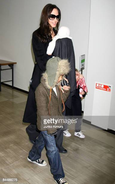 Actress Angelina Jolie arrives at Narita International Airport with her children Maddox Vivienne and Shiloh on January 27 2009 in Narita Chiba Japan...
