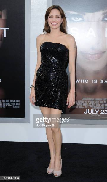 Actress Angelina Jolie arrives at the Los Angeles Premiere Salt at Grauman's Chinese Theatre on July 19 2010 in Hollywood California
