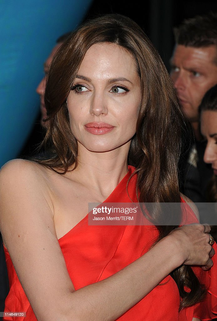"Premiere Of Fox Searchlight Pictures' ""The Tree Of Life"" - Arrivals : News Photo"