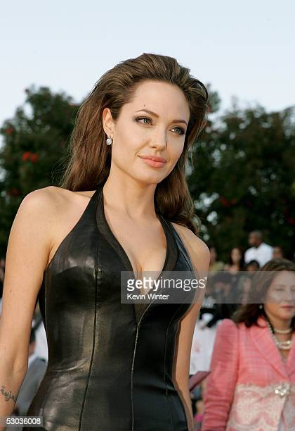 "Actress Angelina Jolie arrives at the premiere of ""Mr. & Mrs. Smith"" at the Mann Village Theater on June 7, 2005 in Westwood, California."