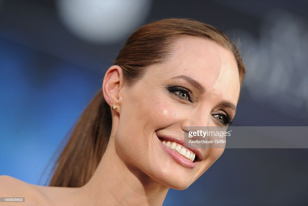 Actress Angelina Jolie arrives at the World Premiere of Disney's 'Maleficent' at the El Capitan Theatre on May 28, 2014 in Hollywood, California.
