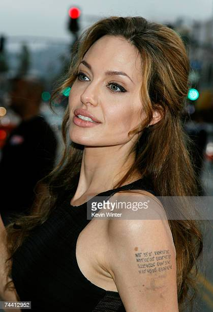 Actress Angelina Jolie arrives to the Warner Bros premiere of the film Ocean's 13 at Grauman's Chinese Theatre on June 5 2007 in Hollywood California