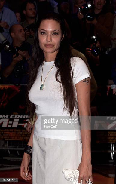 Actress Angelina Jolie at UK Gala Premiere of the movie Mission Impossible 2 at the Empire Leicester Square