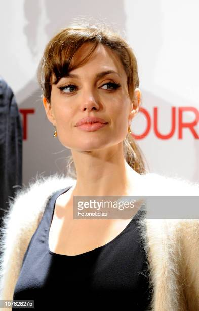 Actress Angelina Jolie attends 'The Tourist' photocall at the Villamagna Hotel on December 16, 2010 in Madrid, Spain.