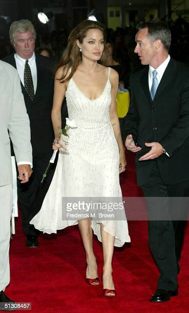Actress Angelina Jolie attends the world premiere of Sky Captain And The World of Tomorrow at the Grauman's Chinese Theatre on September 14 2004 in...