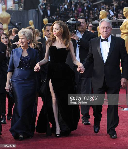 Actress Angelina Jolie Jane Pitt and Bill Pitt arrive at the 84th Annual Academy Awards at Hollywood Highland Center on February 26 2012 in Hollywood...