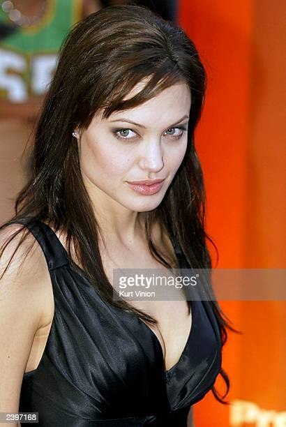 Actress Angelina Jolie poses for photographers at the premiere of her new film 'Lara Croft Tomb Raider The Cradle of Life' August 13 2003 in Munich...