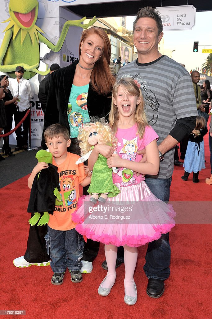 World Premiere Of Disney's 'Muppets Most Wanted' - Red Carpet : News Photo