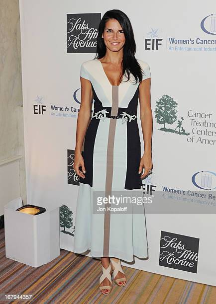 Actress Angie Harmon arrives at An Unforgettable Evening benefiting EIF's Women's Cancer Research Fund at the Beverly Wilshire Four Seasons Hotel on...