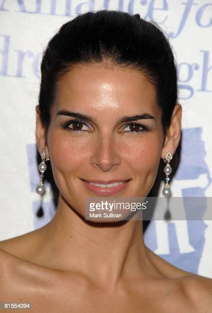 Actress Angie Harmon arrives at The Alliance for Children's Rights 15th Anniversary Awards Gala held on March 10 2008 in Beverly Hills California