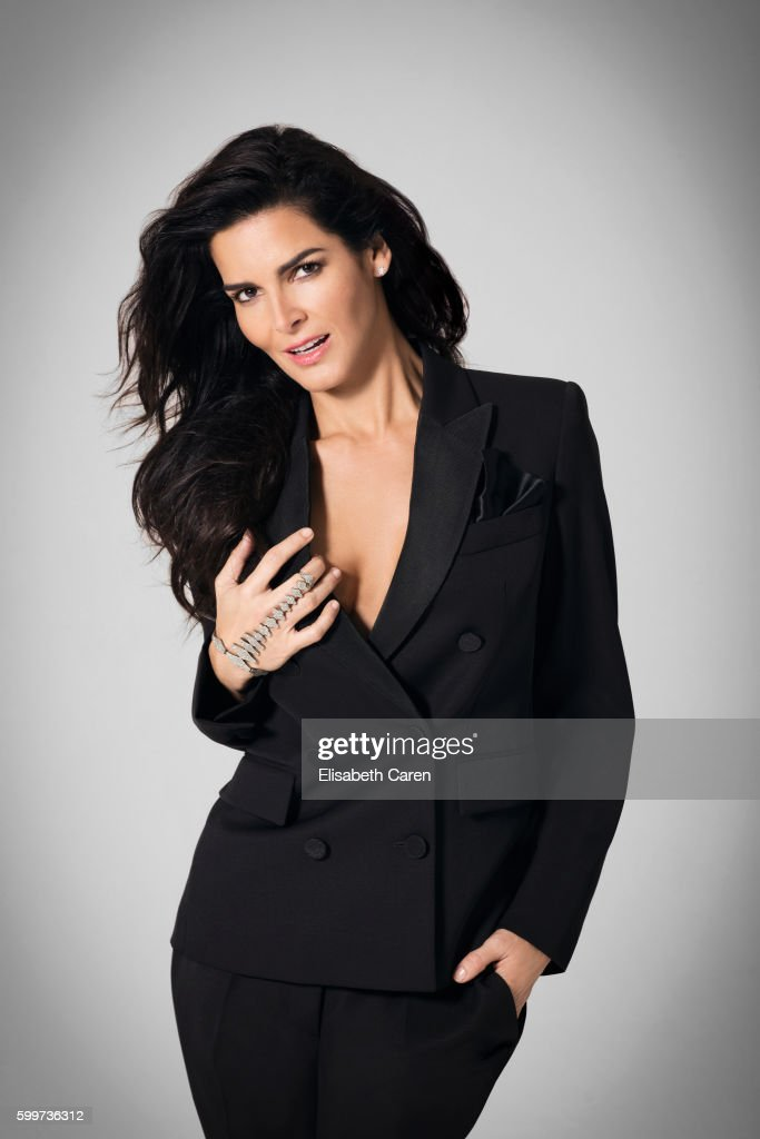 Actress Angie Harmon is photographed for Viva on January 13, 2016 in Los Angeles, California. COVER