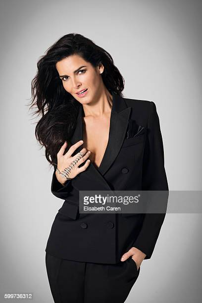 Actress Angie Harmon is photographed for Viva on January 13 2016 in Los Angeles California COVER IMAGE