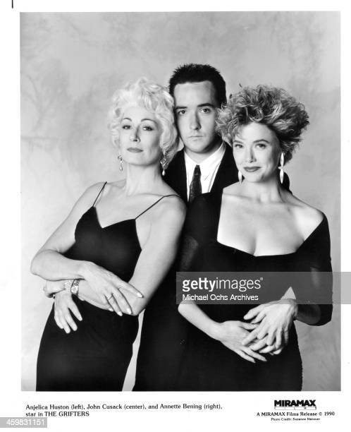 Actress Anjelica Huston actor John Cusack and Annette Bening on set of the movie 'The Grifters ' circa 1990