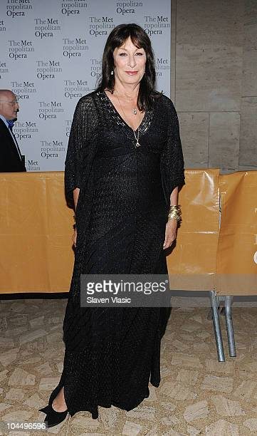 Actress Anjelica Huston attends the 201011 season opening night performance of Das Rheingold at The Metropolitan Opera House on September 27 2010 in...