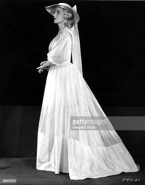 US actress Ann Harding as the heroine of 'Peter Ibbetson'