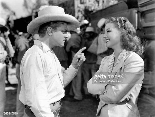 Actress Ann Sheridan and James Cagney in a scene from the movie 'Torrid Zone'