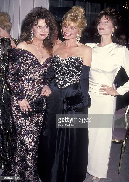 Actress Ann Wedgeworth actress Loni Anderson and actress Marilu Henner attend the Friars Club of California's 14th Annual Lifetime Achievement Award...