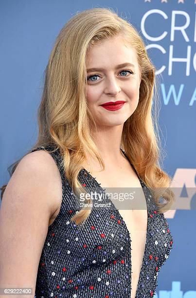 Actress Anna Baryshnikov attends The 22nd Annual Critics' Choice Awards at Barker Hangar on December 11 2016 in Santa Monica California