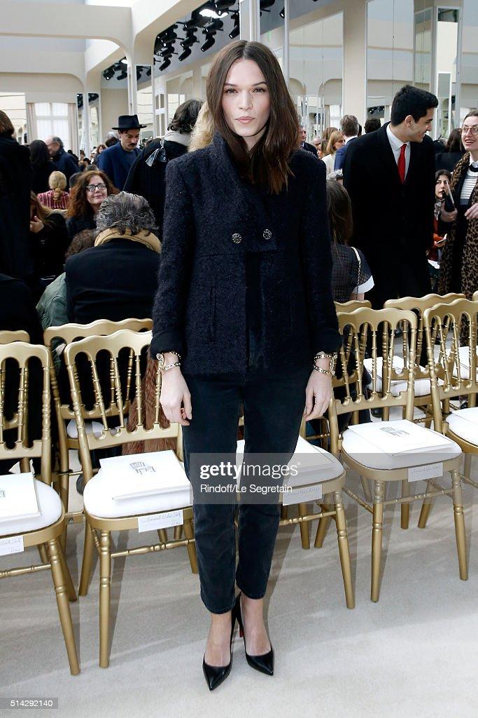 Chanel : Front Row  - Paris Fashion Week Womenswear Fall/Winter 2016/2017