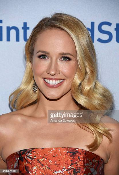 Actress Anna Camp arrives at the premiere of National Geographic Channel's 'Saints And Strangers' at the Saban Theatre on November 9 2015 in Beverly...