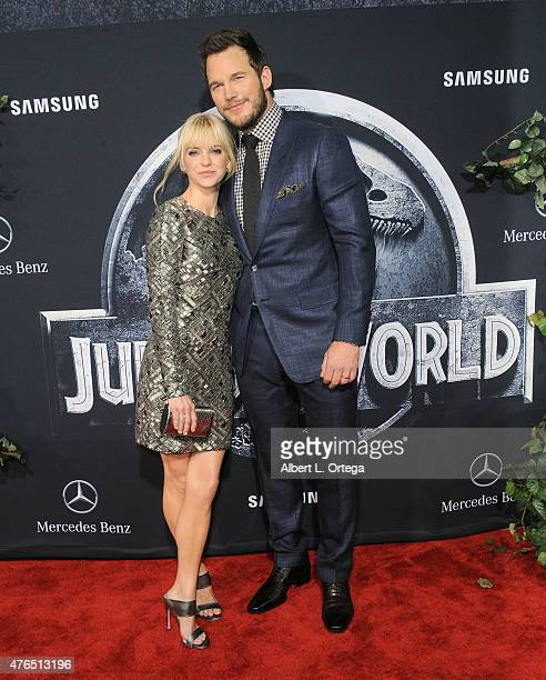 Actress Anna Faris and actor Chris Pratt arrive for the Premiere Of Universal Pictures' Jurassic World held in the courtyard of Hollywood Highland on...