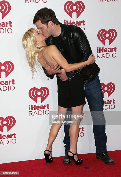 Actress Anna Faris and husband Chris Pratt pose in the press room at the iHeartRadio Music Festival Night 2 at the MGM Grand Resort and Casino on...