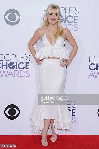 Actress Anna Faris arrives at The 41st Annual People's Choice Awards at Nokia Theatre L.A. Live on January 7, 2015 in Los Angeles, California.