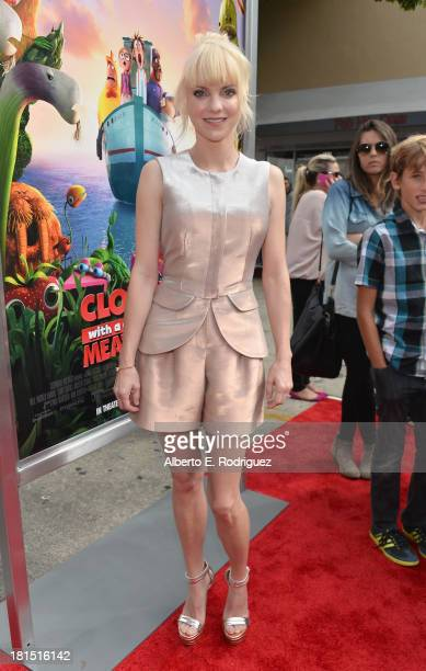 "Actress Anna Faris arrives to the premiere of Columbia Pictures and Sony Pictures Animation's ""Cloudy With A Chance of Meatballs 2"" at the Regency..."