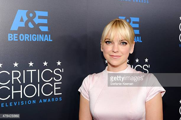 Actress Anna Faris attends the 5th Annual Critics' Choice Television Awards at The Beverly Hilton Hotel on May 31, 2015 in Beverly Hills, California.