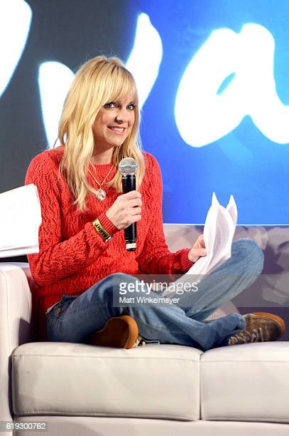 Actress Anna Faris speaks onstage during the 'Anna Faris is Unqualified' panel at Entertainment Weekly's PopFest at The Reef on October 30 2016 in...