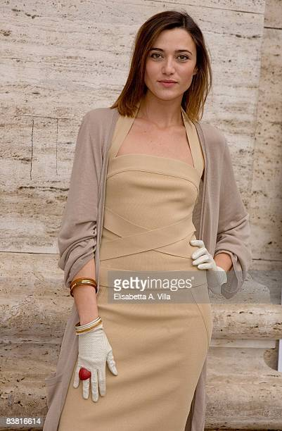 Actress Anna Foglietta attends Solo Un Padre photocall at Warner Moderno Cinema on November 25 2008 in Rome Italy