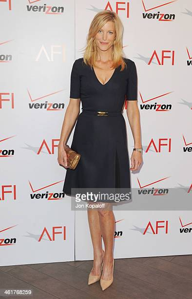 Actress Anna Gunn arrives at the 14th Annual AFI Awards at Four Seasons Hotel Los Angeles at Beverly Hills on January 10 2014 in Beverly Hills...