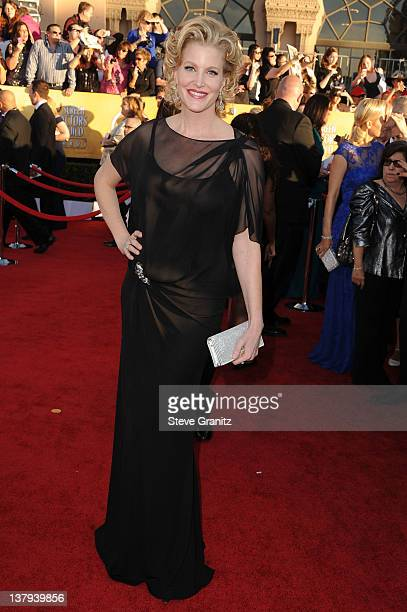 Actress Anna Gunn arrives at the 18th Annual Screen Actors Guild Awards held at The Shrine Auditorium on January 29 2012 in Los Angeles California