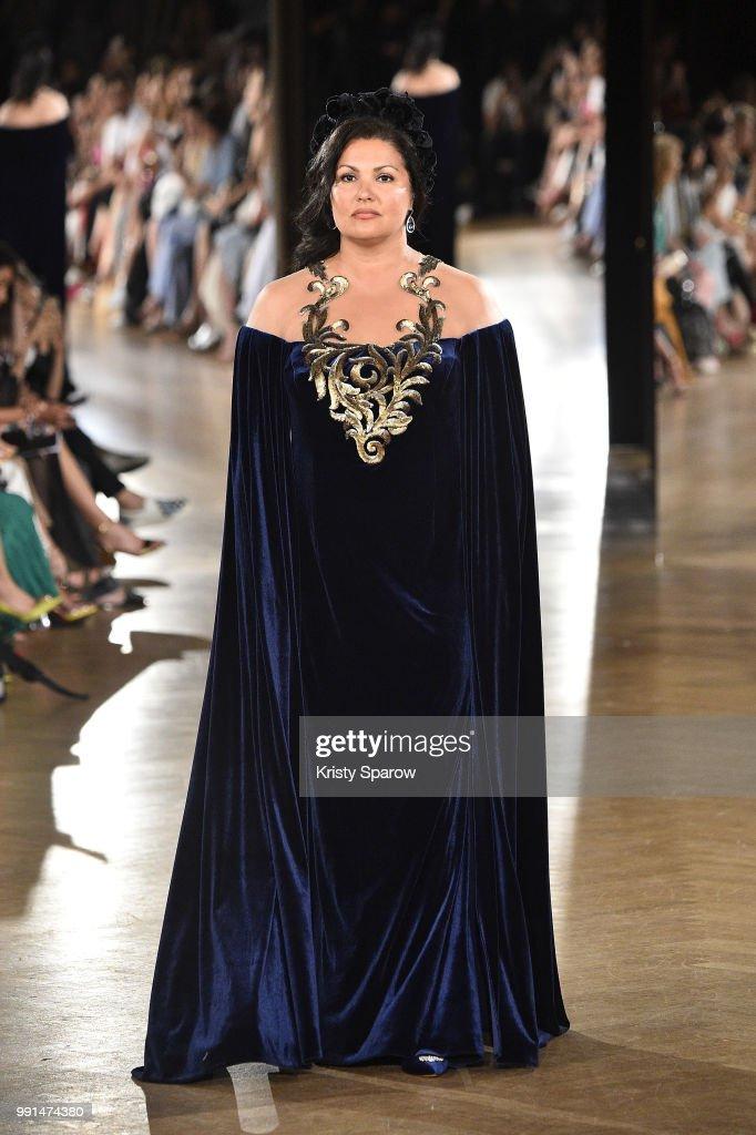 Yanina Couture : Runway - Paris Fashion Week - Haute Couture Fall Winter 2018/2019 : News Photo