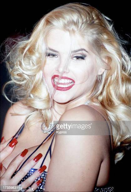 Actress Anna Nicole Smith circa 1992