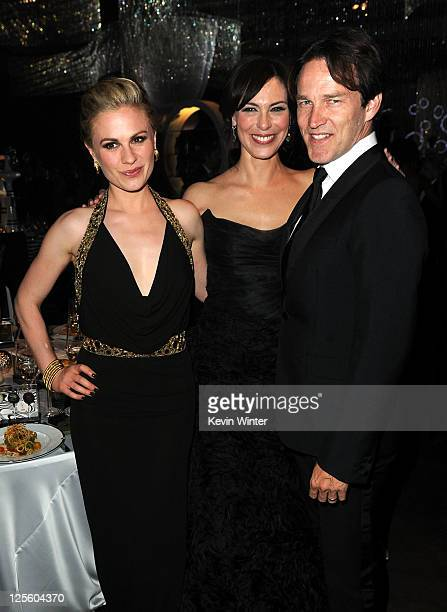 Actress Anna Paquin actress Michelle Forbes and actor Stephen Moyer attend the Governor's Ball during 63rd Annual Primetime Emmy Awards held at Los...