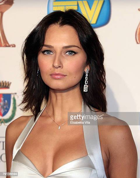 Actress Anna Safroncik arrives at the Italian TV Awards ''Telegatti'' at the Auditorium Conciliazione on January 20 2008 in Rome Italy