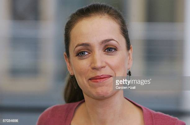 Actress Anna Thalbach attends a photocall to the ZDF television serie Alles ueber Anna on March 09 2006 in Berlin Germany