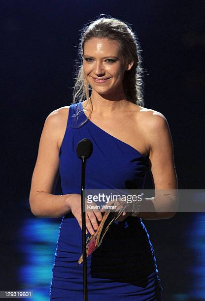 Actress Anna Torv speaks onstage during Spike TV's 'SCREAM 2011' awards held at Universal Studios on October 15 2011 in Universal City California