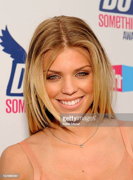Actress AnnaLynne McCord arrives at the 2010 VH1 Do Something! Awards held at the Hollywood Palladium on July 19, 2010 in Hollywood, California.