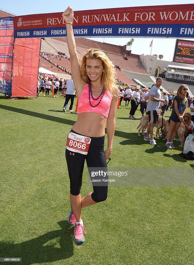 21st Annual EIF Revlon Run Walk For Women : News Photo