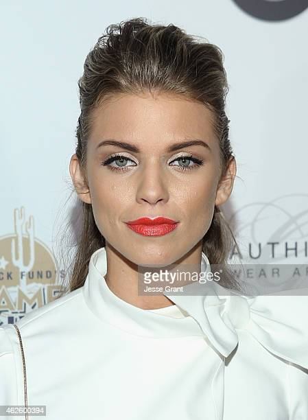 Actress AnnaLynne McCord attends The Giving Back Fund's Big Game Big Give at the home of Erika and Matt Williams on January 31 2015 in Phoenix Arizona