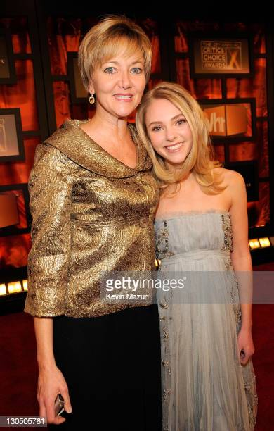 Actress AnnaSophia Robb and her mother Janet arrive at the 13th ANNUAL CRITICS' CHOICE AWARDS at the Santa Monica Civic Auditorium on January 7 2008...