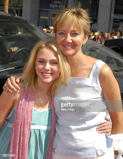 Actress AnnaSophia Robb and her mother Janet Robb arrive at the Nancy Drew World Premiere held at Grauman's Chinese Theatre on June 9 2007 in...
