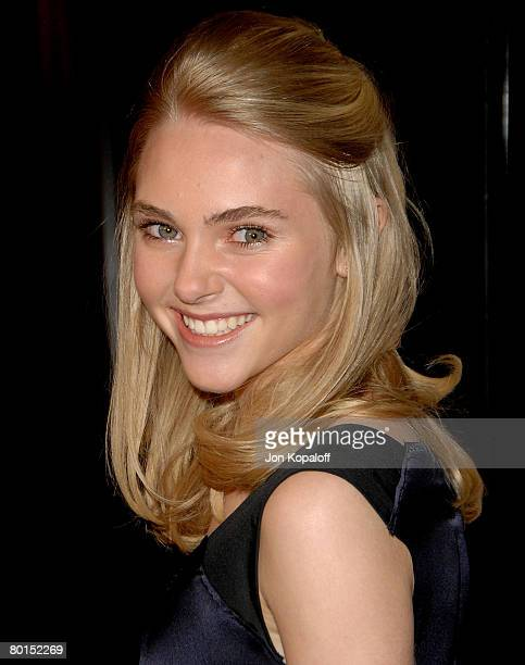 Actress AnnaSophia Robb arrives at the Los Angeles Premiere 'Sleepwalking' at the Directors Guild of America on March 6 2007 in Los Angeles California