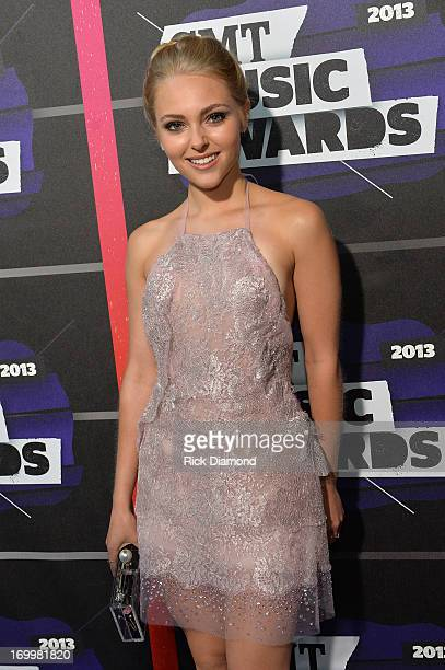 Actress AnnaSophia Robb attends the 2013 CMT Music awards at the Bridgestone Arena on June 5 2013 in Nashville Tennessee