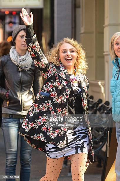 Actress AnnaSophia Robb enters the Carrie Diaries movie set in Soho on October 28 2013 in New York City