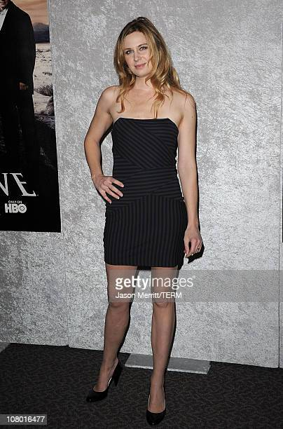 Actress Anne Dudek arrives at HBO's 'Big Love' Season 5 premiere at Directors Guild of America on January 12 2011 in Los Angeles California