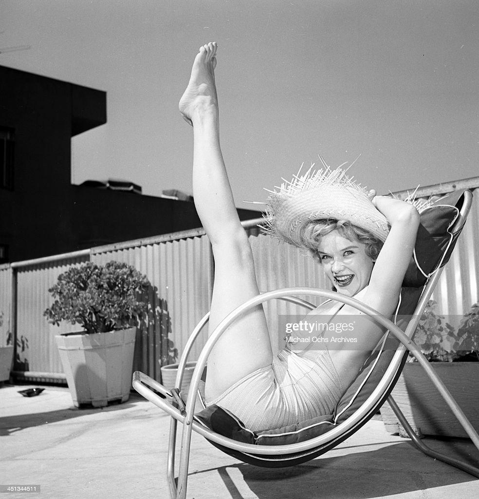 Anne Francis : News Photo