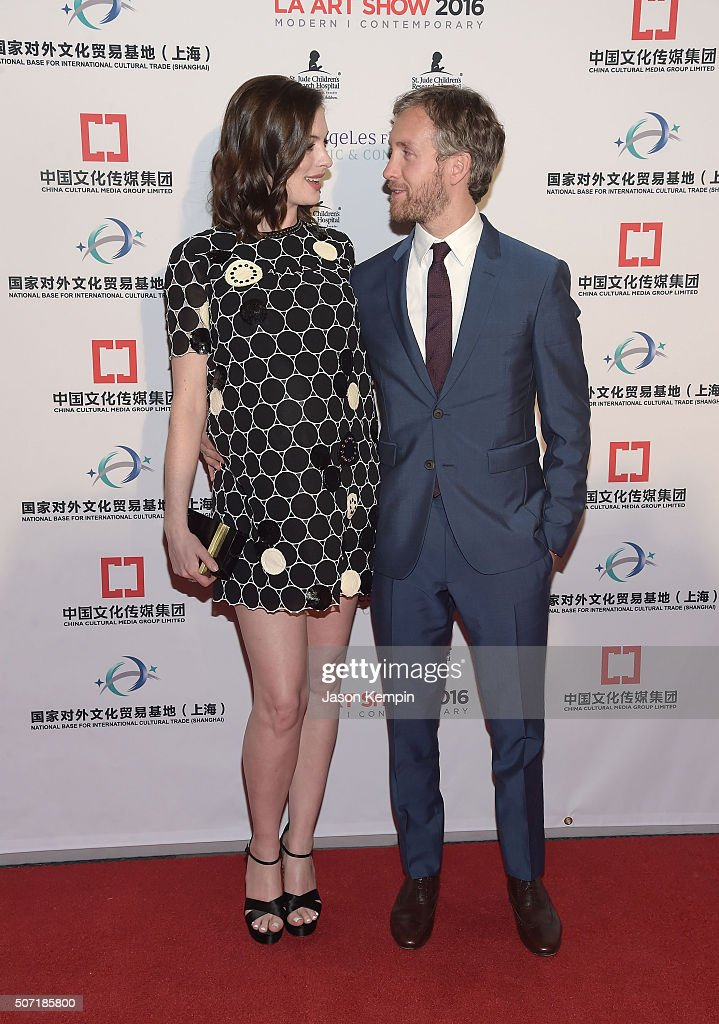Actress Anne Hathaway and husband Adam Shulman attend the LA Art Show And Los Angeles Fine Art Show's 2016 Opening Night Premiere Party Benefiting St. Jude Children's Research Hospital at Los Angeles Convention Center on January 27, 2016 in Los Angeles, California.